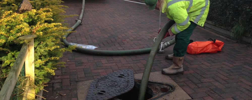 Septic Tank Cleaning in %CITY IA